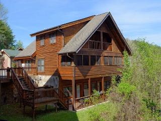 2 Bedroom Pigeon Forge Resort Cabin Townhouse Near Golf Course Dollywood - Sevierville vacation rentals