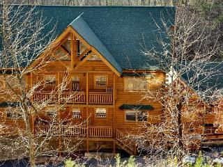 Spacious 5 bedroom Cabin in Sevierville - Sevierville vacation rentals