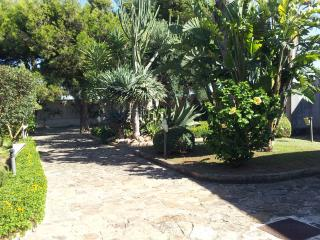 Grande Villa con Giardino/Terrazza - Marsala vacation rentals