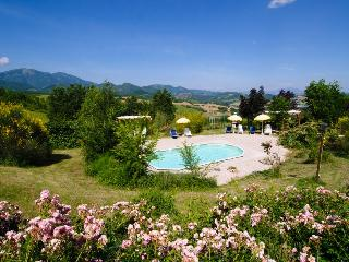 Rondine, La Maestade holiday home - Marche vacation rentals