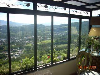 3 bedroom House with Internet Access in Escazu - Escazu vacation rentals