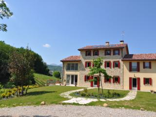 3 bedroom Bed and Breakfast with Internet Access in Revine Lago - Revine Lago vacation rentals