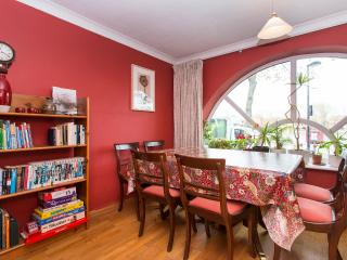 Large Waterfront House with a Garden.20%  discount - London vacation rentals