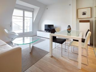 Easo Suite 5 by FeelFree Rentals - San Sebastian - Donostia vacation rentals