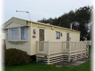 Home from Home at Selsey West Sussex - Selsey vacation rentals