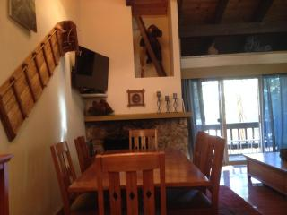 Beautiful 3/2+ in Tahoe City at The Villas! - Tahoe City vacation rentals