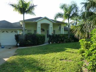 Villa Tropical Paradise, beautiful waterfront Villa on nature presserve - Cape Coral vacation rentals