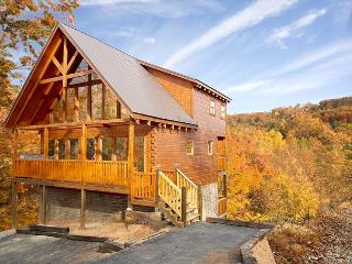 April Special from $189. Beautiful Cabin LOADED with Amenities!!! Sleeps 12. - Tennessee vacation rentals