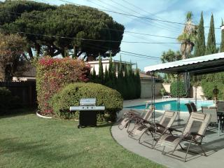 SUPERB 4BED/3BATH POOL VACATION HOME NEAR DISNEY!! - Anaheim vacation rentals