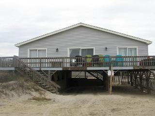 Wonderful Ocean Views in This Cozy Beach Home - Outer Banks vacation rentals