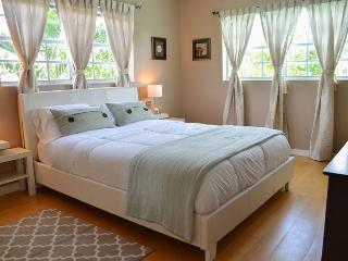 EXCEPTIONAL WATERFRONT VACATION HOME IN MIAMI BCH - Miami Beach vacation rentals