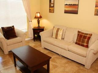 Gorgeous 4 Bedroom 2 Bathroom Home Just West of Disney. 6015 - Orlando vacation rentals