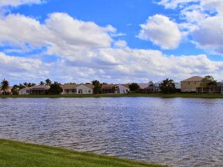 Sunny Florida Charming Lake Front House - Sleeps 8 - Boca Raton vacation rentals