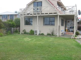 3 bedroom Bed and Breakfast with Internet Access in Riverton - Riverton vacation rentals