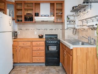 Private Studio with private entry, kitchen & bath - Portland vacation rentals