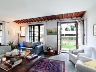 MARGHERITE apart. in Chianti Farmhouse - Montespertoli vacation rentals