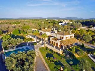 8 bedroom Villa in Ariany, Campo Y Montaña, Baleares, Mallorca : ref 2232205 - Ariany vacation rentals