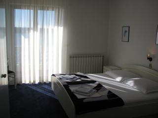 1 bedroom B&B with Internet Access in Rab - Rab vacation rentals