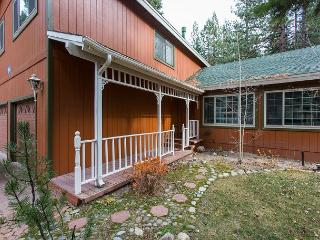 Mountain home made for the family to gather in comfortable style - Stateline vacation rentals