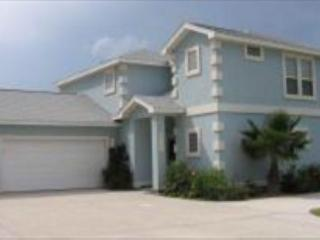 Beautiful Townhouse with lots of space Sleeps 12 - Texas Gulf Coast Region vacation rentals