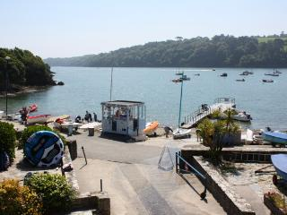 Perfect 3 bedroom Condo in Helford Passage with Internet Access - Helford Passage vacation rentals