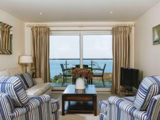 Bright Wings, 5* Hawkes Point apartments - Saint Ives vacation rentals