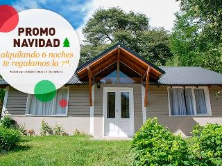 Glenda, spectacular Cabana with grill and garden for 5 persons - San Carlos de Bariloche vacation rentals