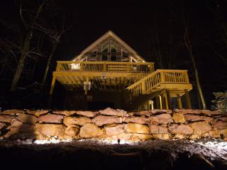 Oct 2014 6 Bedroom / Lake Harmony Lodge / Lakeview - Lake Harmony vacation rentals