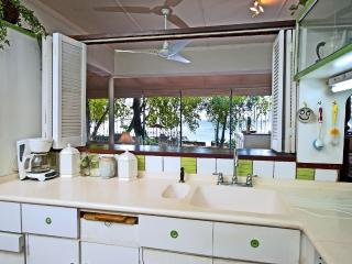 Whitecaps - Casual and Colourful - Saint Peter vacation rentals