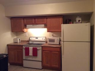 $79 Special Cozy Uptown Upstairs Apt. - New Orleans vacation rentals