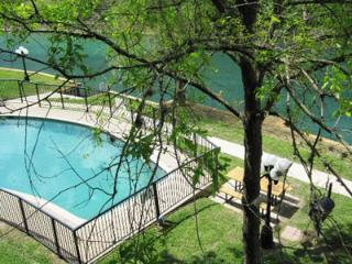 Comal River Retreat-2BR/2BTH Walk to Schlitterbahn - New Braunfels vacation rentals