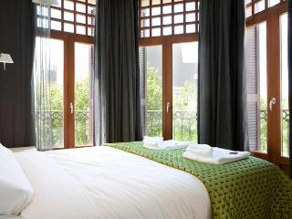 Las Ramblas Penthouse apartment - Barcelona vacation rentals