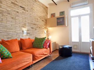 Poble Sec Terrace apartment - Barcelona vacation rentals