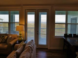 Beautifully furnished cozy 2/2... Nex-T-Sea a bayside retreat! - Galveston vacation rentals