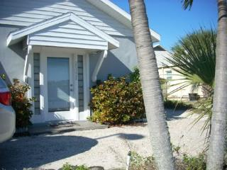 Indian Shores Cottage - 20228 Gulf Blvd. - Indian Shores vacation rentals