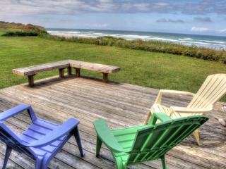 Ocean Front Home with Direct Beach Access Sleeps 6 - Florence vacation rentals