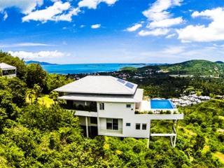 Baan Kuno: Infinity pool with stunning sea-views - Surat Thani Province vacation rentals