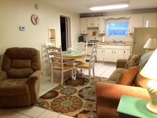Villa Lotela - Your Place at the Lake - Avon Park vacation rentals