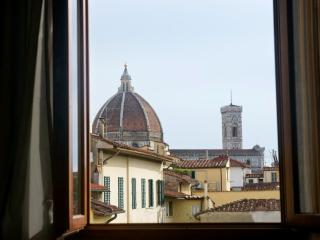 SAN MARCO - New Cozy Flat with Duomo's View - Florence vacation rentals