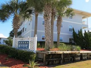 Beachside Villas 1123, 3BR/2BA condo in beautiful Seagrove Beach! - Seagrove Beach vacation rentals