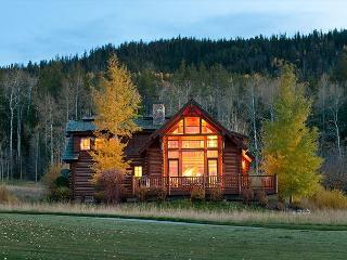 Luxury Log Cabin in Teton Springs Golf Resort. Sleeps 7 - Victor vacation rentals