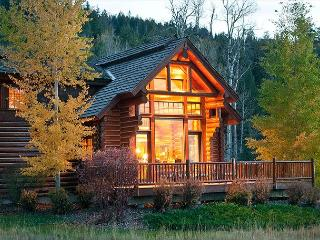 Luxury Log Cabin in Teton Springs Golf Resort. Sleeps 7 - Victor vacation rentals