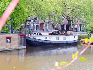 Sweet BARGE, city center walking distance - Amsterdam vacation rentals
