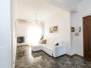 Beautiful 1 bedroom Acilia Apartment with Internet Access - Acilia vacation rentals