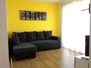 Apartmani Oleandar - Biograd na Moru vacation rentals