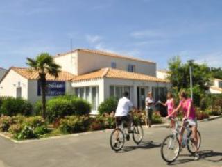 Palmeraie Villa 6 - ile d'Oleron island - Saint-Georges d'Oleron vacation rentals