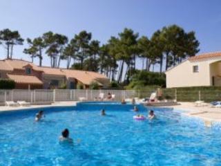 Mas de Vertmarines A23 - St Jean de Monts - Saint-Jean-de-Monts vacation rentals