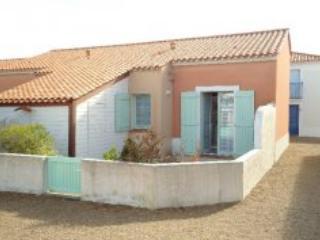 Maisons du Lac A48 - St Jean de Monts - Western Loire vacation rentals