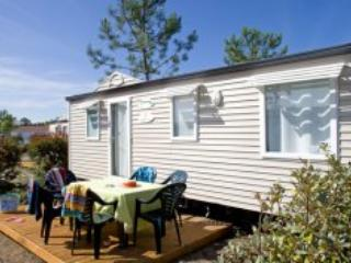 Vignes Mobile Home - Lit et Mixe - Soustons vacation rentals