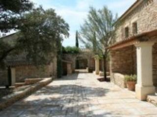 Bastides des Chenes 3p8 - Gordes - Luberon vacation rentals